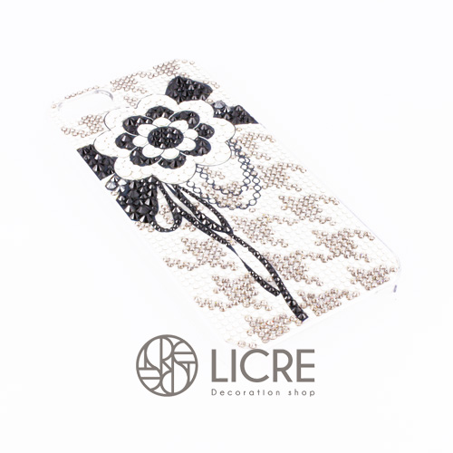 iphoneケースデコレーション – Lace flower001