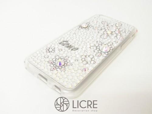 iphone6をスワロフスキーで上品にデコレーション/新作Snow Flowerデザイン