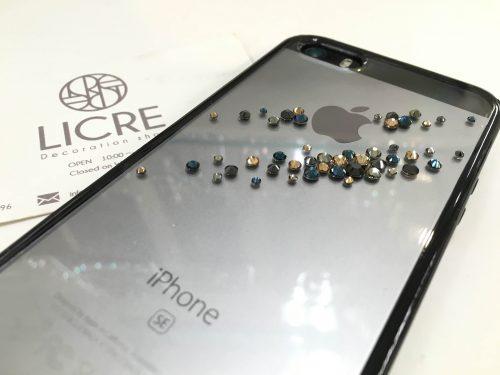 新型4インチのiphoneSEへのスワロフスキーデコレーション