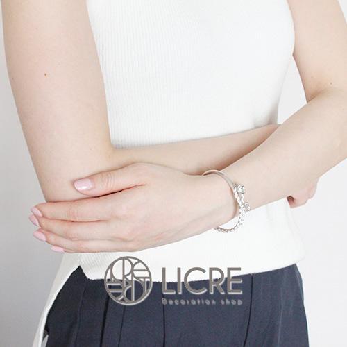 スワロフスキーブレスレット-round_leather_bracelet