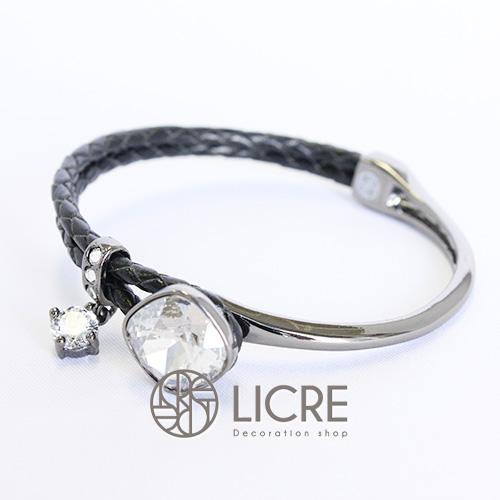 スワロフスキーブレスレット - square leather bracelet BK-001SSHA