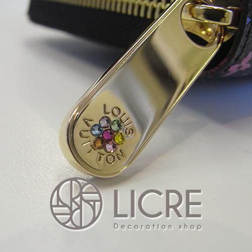 Louis Vuitton/ルイ・ヴィトンのジッピー・ウォレットの金具にスワロフスキー加工を・・・