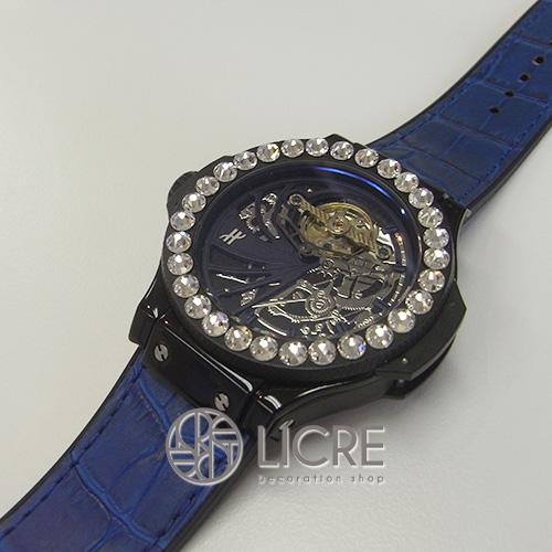 メンズにも人気の腕時計デコレーション