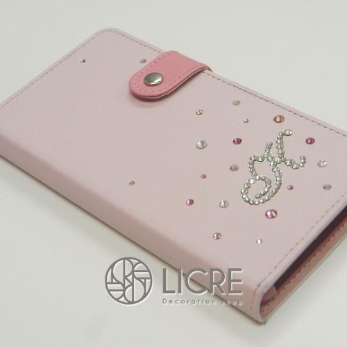 手帳型スマートフォンケースを更に可愛らしく大変身