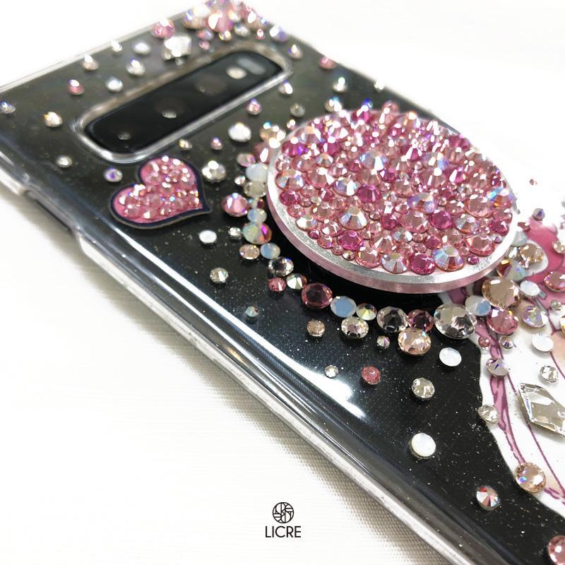 可愛いが詰まったピンクでいっぱいのスワロフスキーデコレーションケース