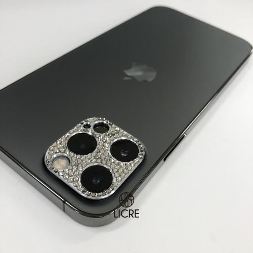 iphone12proのカメラレンズまわりをスワロフスキーデコレーション